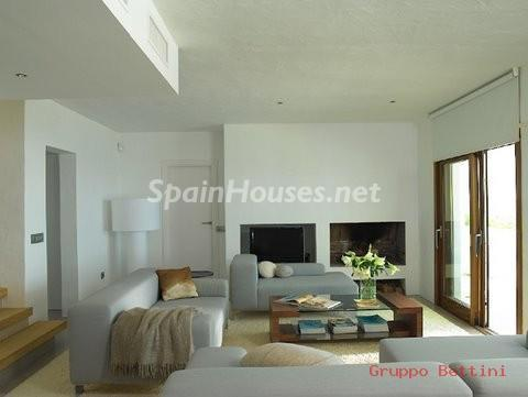 772802 53807 7 - Ibiza. Pure Paradise For Sale