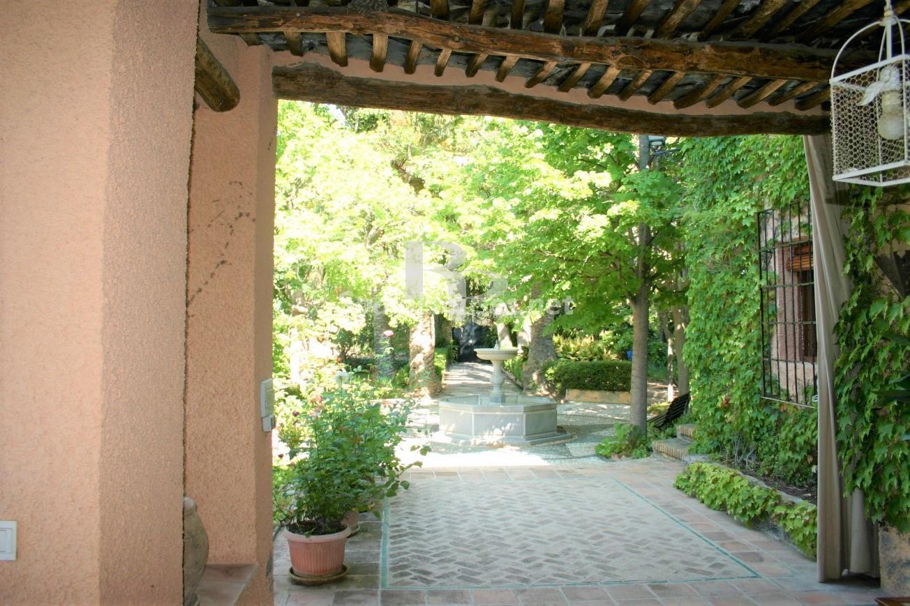 79874050 3157227 foto124480307 - Un paraje natural idilico en este encantador cortijo andaluz en Órgiva, La Alpujarra granadina