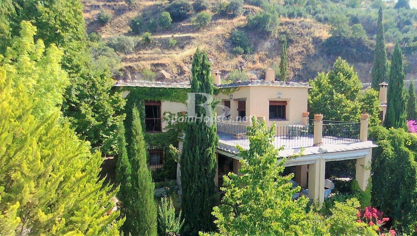 79874050 3157227 foto124480367 - Un paraje natural idilico en este encantador cortijo andaluz en Órgiva, La Alpujarra granadina