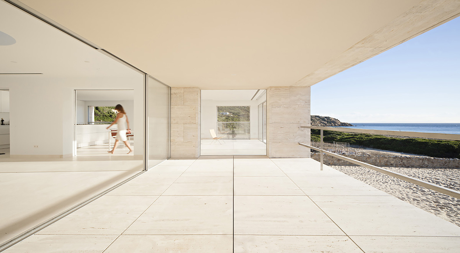 """8 13 - """"Casa del infinito"""": Horizonte espectacular de cielo y mar en Zahara de los Atunes (Cádiz)"""