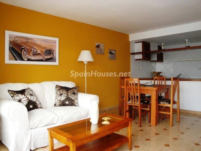 807510 53807 4 - Vacaciones asequibles en Ibiza