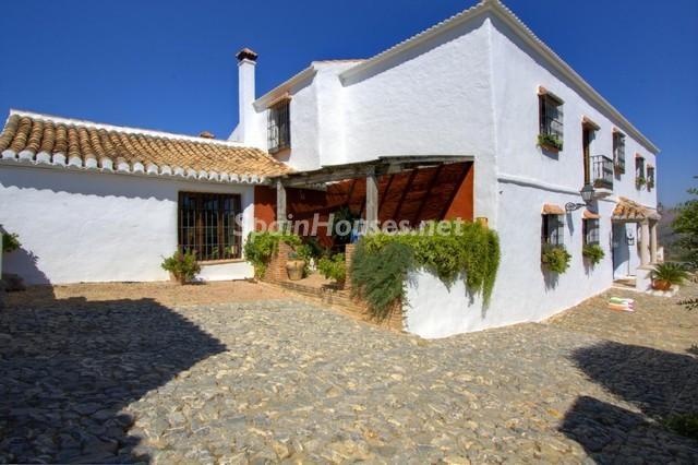 821317 52724 23 - Espectacular Finca en venta en Colmenar (Málaga)