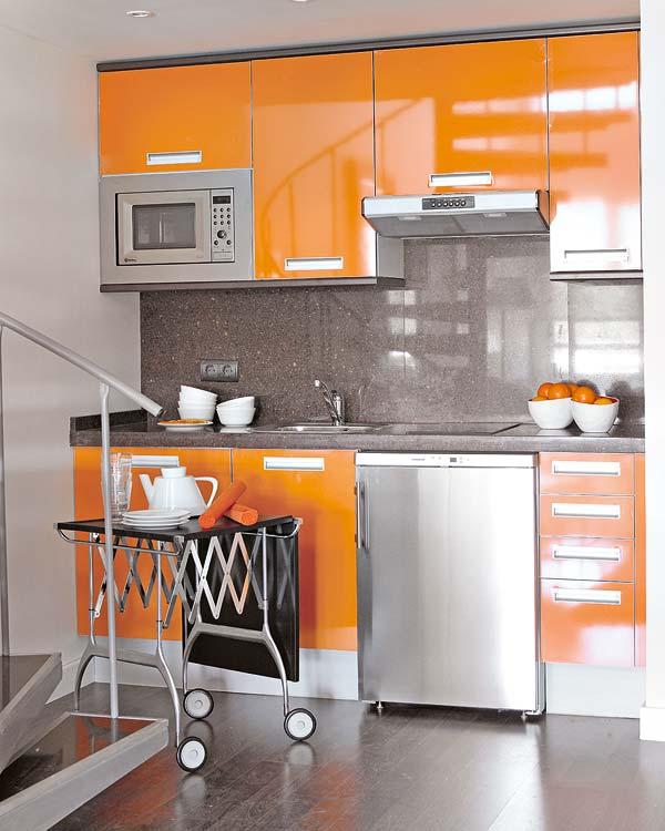 827 - Espacios Pequeños: Loft en Móstoles (Madrid) con un precioso toque de calidez, color y diseño