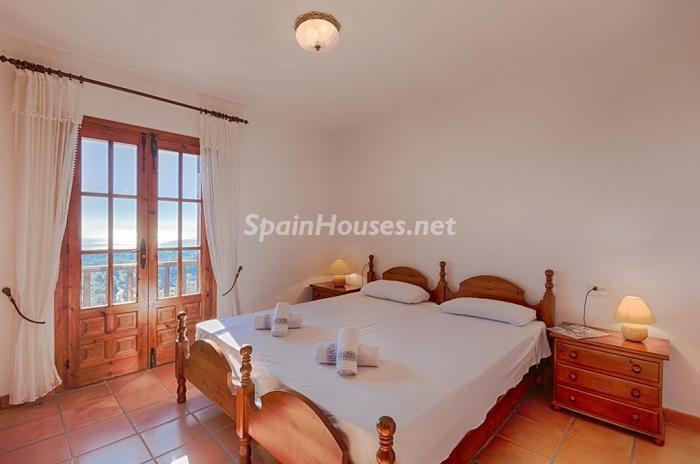 87 - Genial villa en alquiler de vacaciones en Benissa (Costa Blanca): valle, montaña y mar