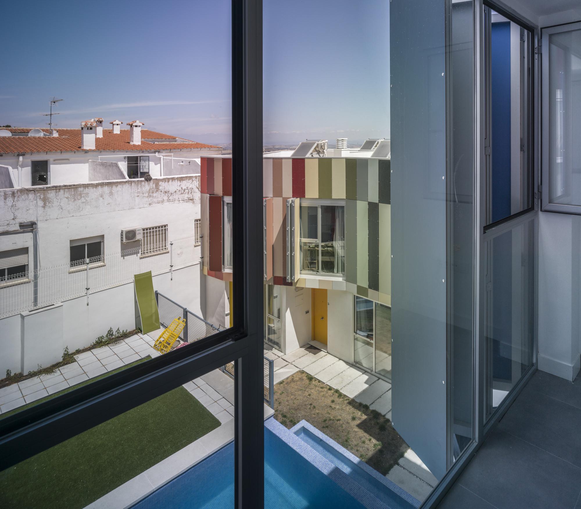914 - Toque fresco, urbano y lleno de color en el barrio de San Juan de Jaén