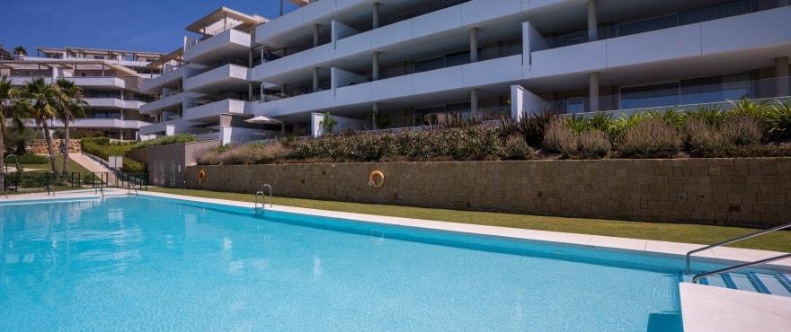 A10 Botanic pool July2019 - Últimos apartamentos de 3 dormitorios con amplias terrazas en Benahavís (Málaga). Listos para vivir.