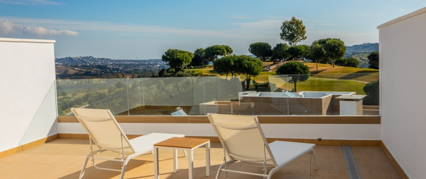 A5 Horizon Golf townhouse terrace Jan 2019 - Últimos adosados en venta en La Cala Golf, Mijas (Málaga). Ahora listos para vivir