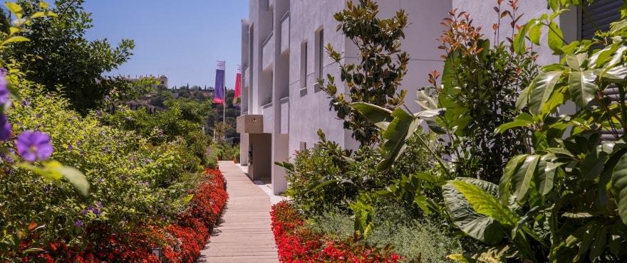 A7 Botanic garden July2019 - Últimos apartamentos de 3 dormitorios con amplias terrazas en Benahavís (Málaga). Listos para vivir.