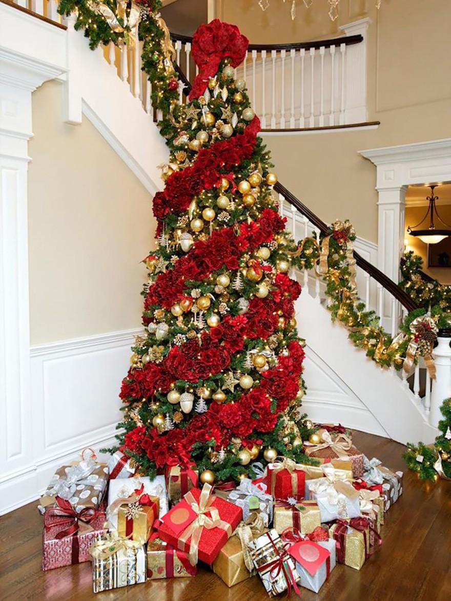 AndersKrusberg - Decorar el árbol de navidad con flores: un ambiente fresco con un resultado espectacular