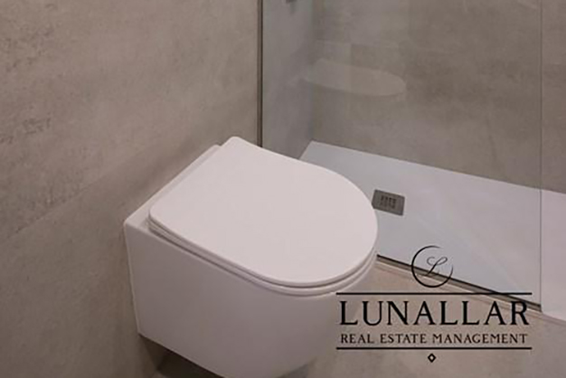 BANO 1 SARRIA - Descubre este lujoso apartamento en Barcelona ubicado en una zona exclusiva y de prestigio