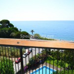 Barcelona 150x150 - 15 apartamentos de vacaciones en primera línea de playa: ganas de verano y mar