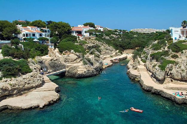 CALAS MENORCA - Vivir en el paraíso es posible con esta casa de lujo en Menorca