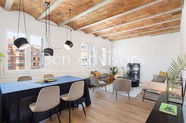 COMEDOR BARCELONA 2 - Este piso en venta en Barcelona con elementos de diseño únicos te enamorará