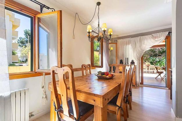 COMEDOR MALLORCA - Qué mejor que esta villa en Palma de Mallorca para disfrutar del sol y preciosas playas