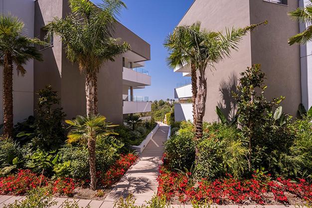 COMPLEJO - Vive rodeado de espacios verdes con este apartamento de lujo en Málaga