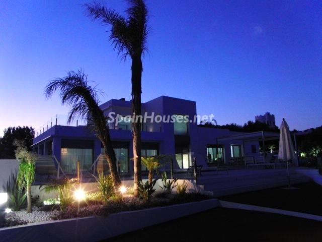 Casa en Ibiza de lujo. vista noche