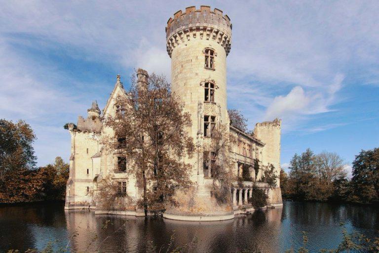 Un castillo francés salvado del derribo gracias al crowdfunding inmobiliario