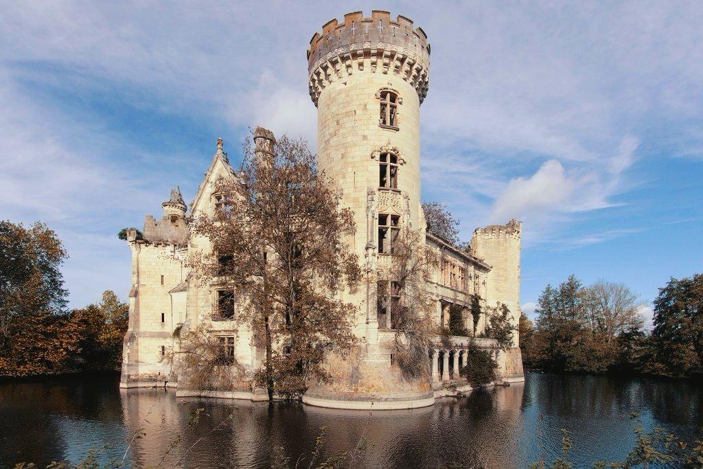 Château de la Mothe Chandeniers 21 - Un castillo francés salvado del derribo gracias al crowdfunding inmobiliario