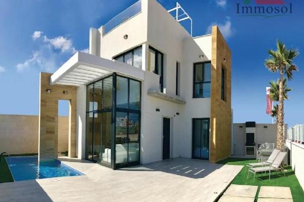 Chalet de lujo en Alicante confort y excelente ubicacion - Chalet de lujo en Alicante: confort y excelente ubicación