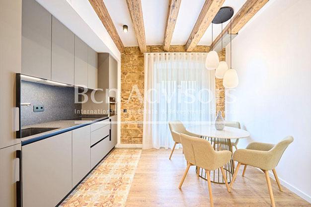 Cocina atico lujo Barcelona - Este precioso ático de lujo en Barcelona puede ser tu próximo hogar en la Ciudad Condal