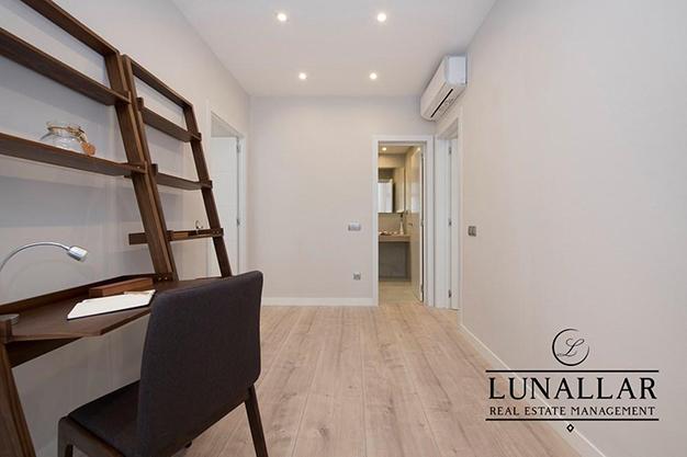 DESPACHO SARRIA - Descubre este lujoso apartamento en Barcelona ubicado en una zona exclusiva y de prestigio