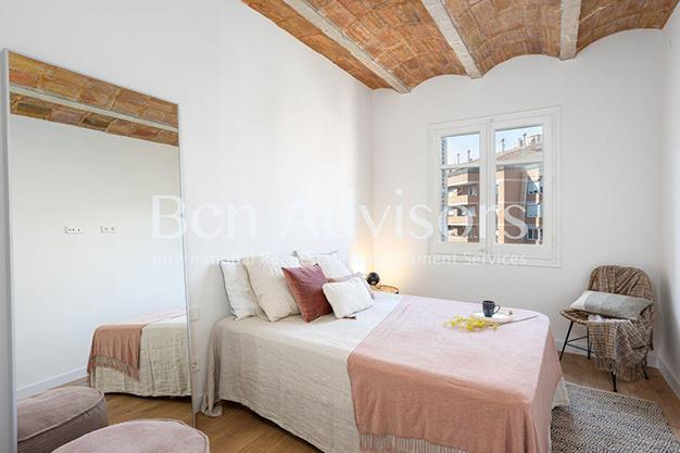 DORMITORIO 1 7 - Este piso en venta en Barcelona con elementos de diseño únicos te enamorará