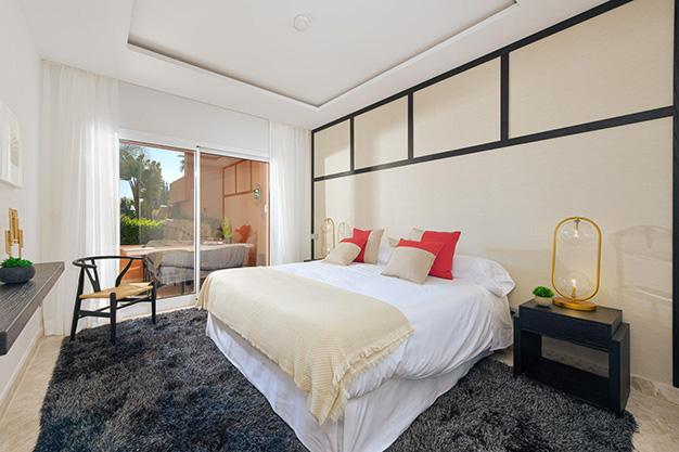 DORMITORIO 1 8 - Este apartamento en venta en Marbella es el hogar perfecto para vivir en un entorno natural único y ser feliz