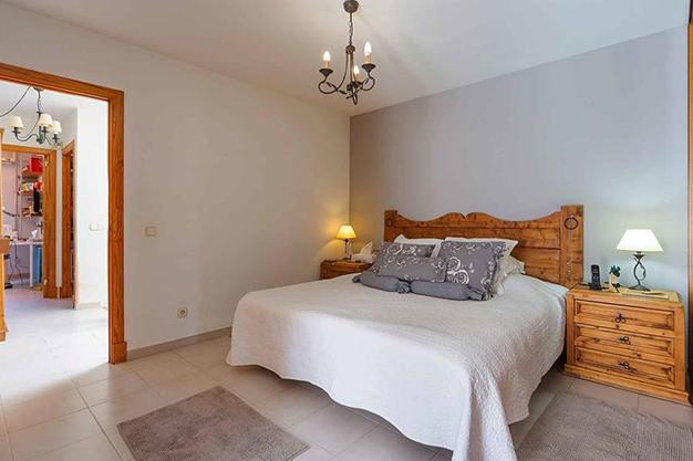 DORMITORIO 1 MALLORCA - Qué mejor que esta villa en Palma de Mallorca para disfrutar del sol y preciosas playas