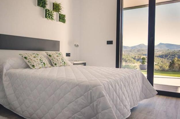 DORMITORIO DOBLE - Llénate de energía cada día en esta casa en el campo en Alicante
