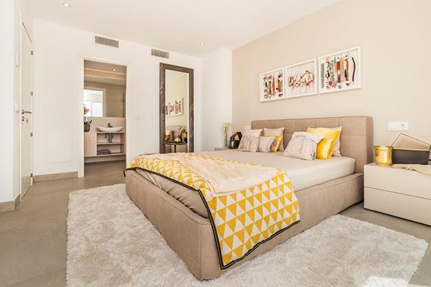 DORMITORIO PRINCIPAL - Personaliza tu nuevo hogar: Villas de lujo en Mallorca de nueva construcción