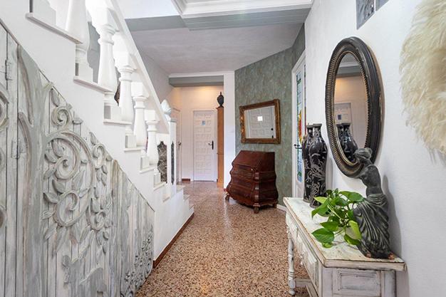 ENTRADA 8 - Descubre esta increíble villa de lujo en Valencia, con arquitectura inspirada en Gaudí y 100% ecológica