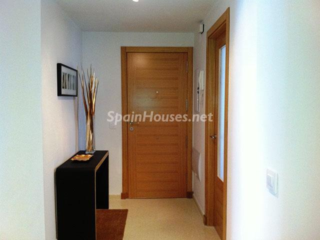 Entrada a piso en venta en Fuengirola - Bonito piso a estrenar en Fuengirola, Málaga