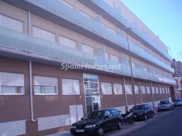 Fachada del piso - Bonito piso a estrenar en Oliva, Valencia