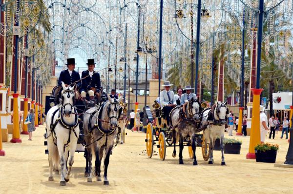 Feria del caballo destacada.jpg 600x398 - Las mejores fiestas para visitar Andalucía este Mayo 2018