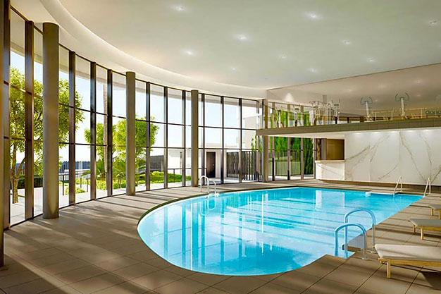 IMAGEN PISCINA CLIMATIZADA - Apartamento de lujo en Estepona con jardín privado y vistas al mar: todo en uno