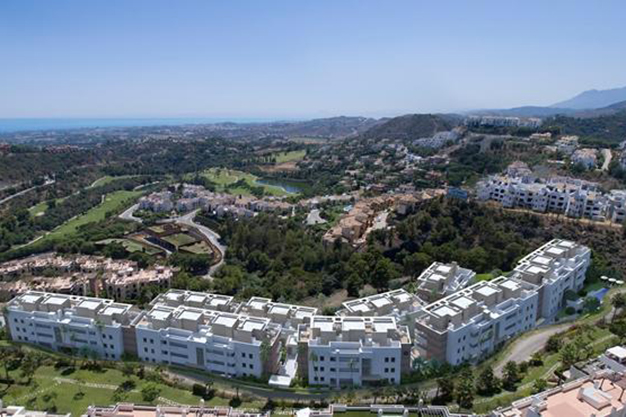 IMAGEN PRINCIPAL BENEHAVIS - Vive rodeado de espacios verdes con este apartamento de lujo en Málaga