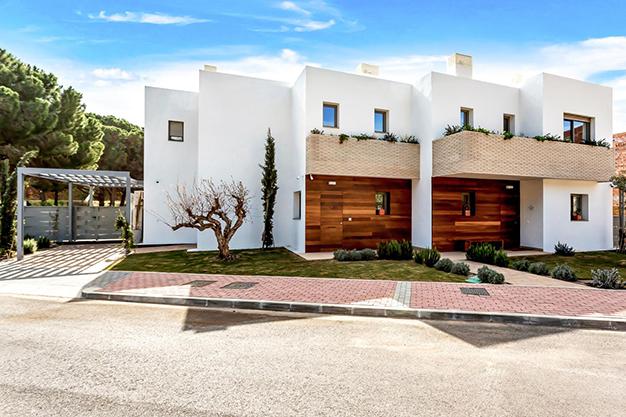 IMAGEN PRINCIPAL VILLA BENALMADENA - Disfruta de la naturaleza y el mar en esta villa de lujo en Benalmádena (Málaga)