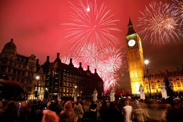 Noche vieja Londres 600x401 - Destinos increíbles para despedir el 2017 y pasar una nochevieja diferente
