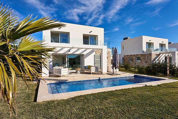 PISCINA MALLORCA - Personaliza tu nuevo hogar: Villas de lujo en Mallorca de nueva construcción