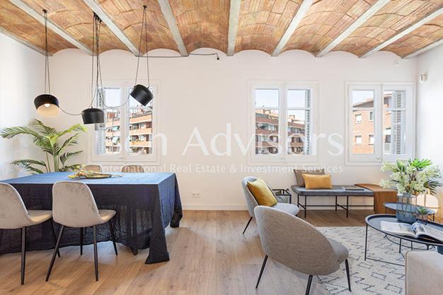 PRINCIPAL BARCELONA 2 - Este piso en venta en Barcelona con elementos de diseño únicos te enamorará
