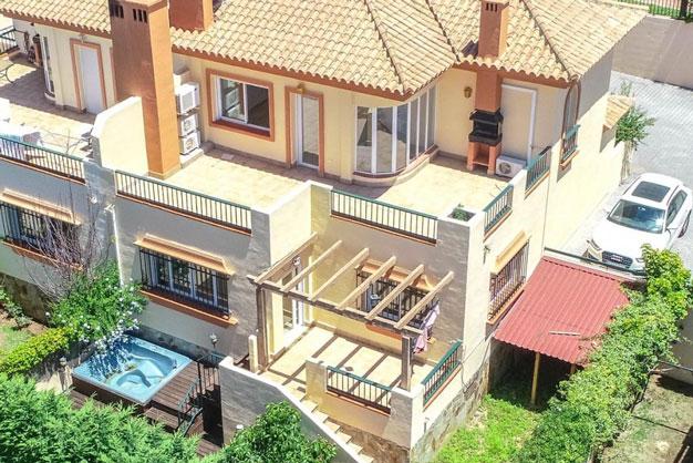 Pareado con terrazas espectaculares en la Costa del Sol
