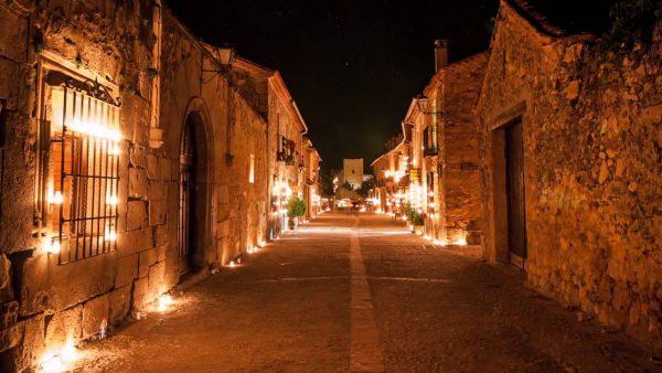 Portada 1 Pedraza 600x338 - Los destinos españoles más románticos para tu escapada de San Valentín