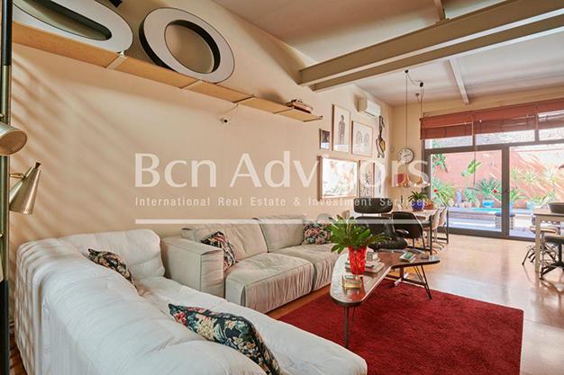 Principal Barcelona - Este amplio apartamento con piscina en Barcelona es ideal para descansar y disfrutar de la ciudad