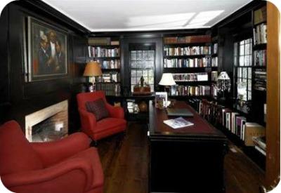 Renee Zellwegers CT house library - Renèe Zellweger vende su casa