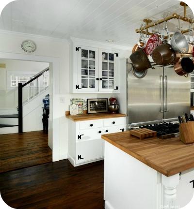 Renee Zellwegers Connecticut house kitchen - Renèe Zellweger vende su casa