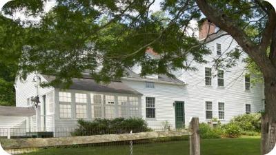Renee Zellwegers Country House in Connecticut1 - Renèe Zellweger vende su casa