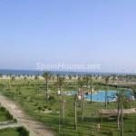 Roquetas Almería 150x150 - 15 apartamentos de vacaciones en primera línea de playa: ganas de verano y mar