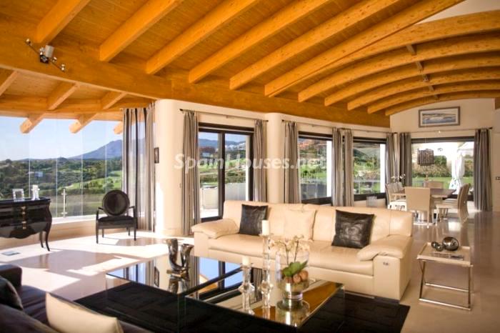 Salón interior - La Casa de la Semana, villa de lujo en Marbella