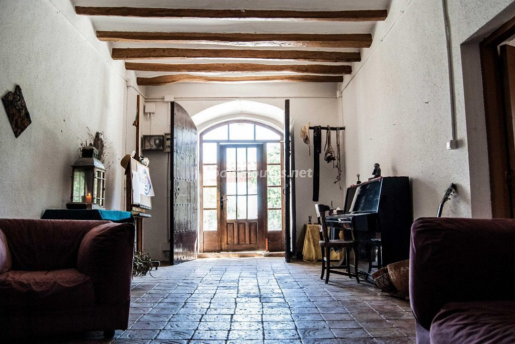 SantJaumedelsDomenys tarragona 1024x685 - Rústico y urbano: 11 viviendas con cálidos rincones otoñales de sabor vintage