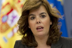 Soraya Saenz de Santamaria1 300x198 - El Gobierno baraja crear un registro de inquilinos morosos